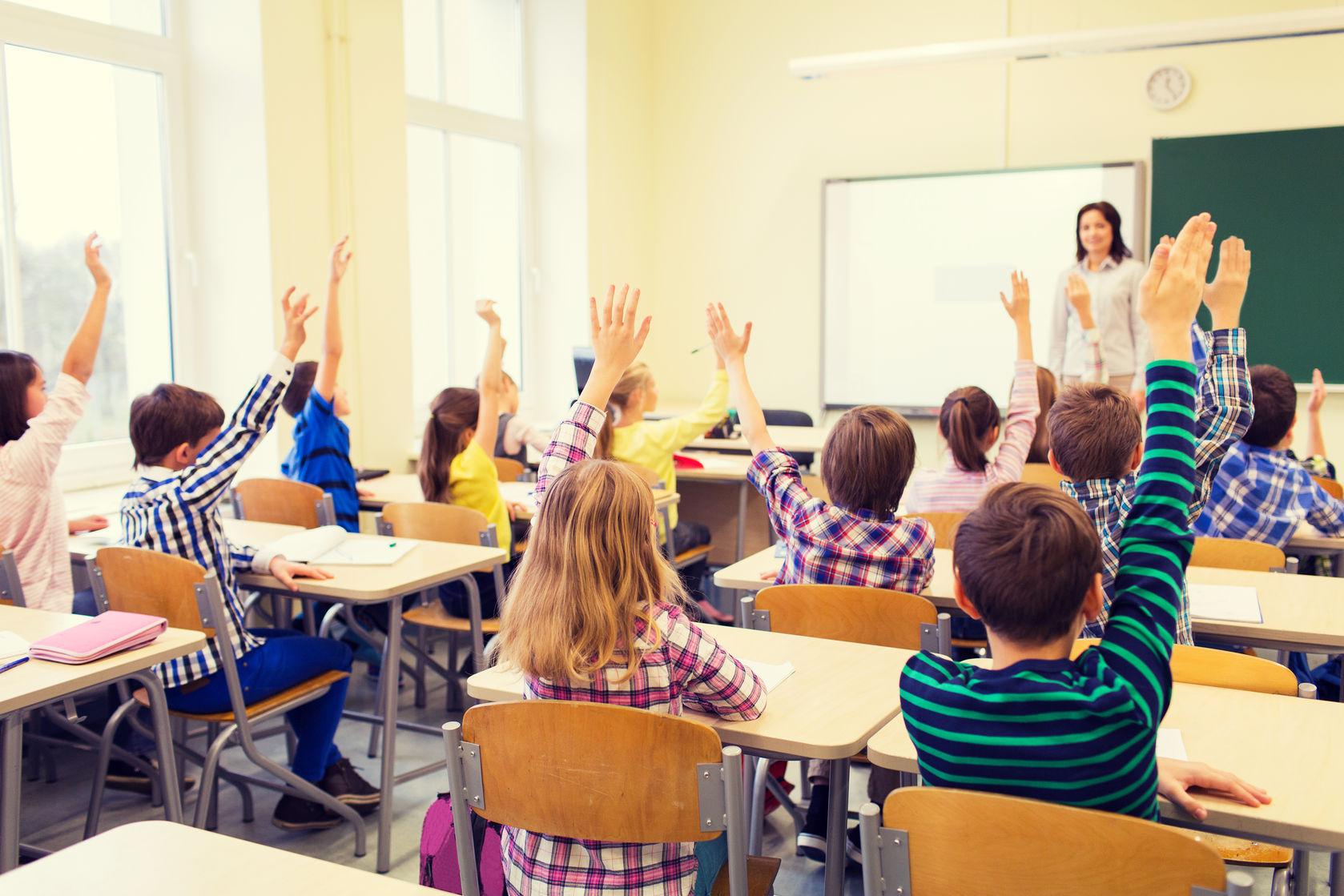 Go to Приче из школске клупе: Све мање првака