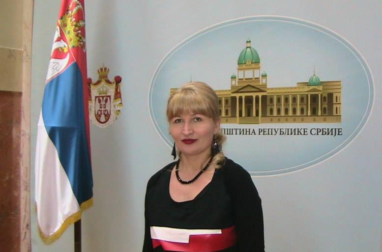 Go to Ко је нова Мина Караџић у Бечу