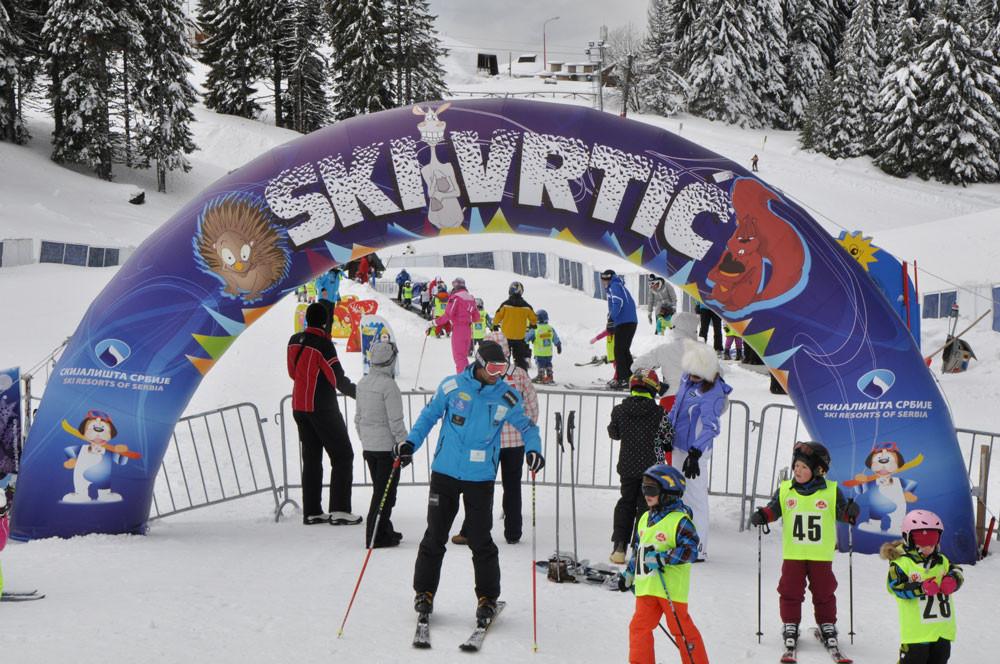 Go to Шта коме доноси снег у Србији