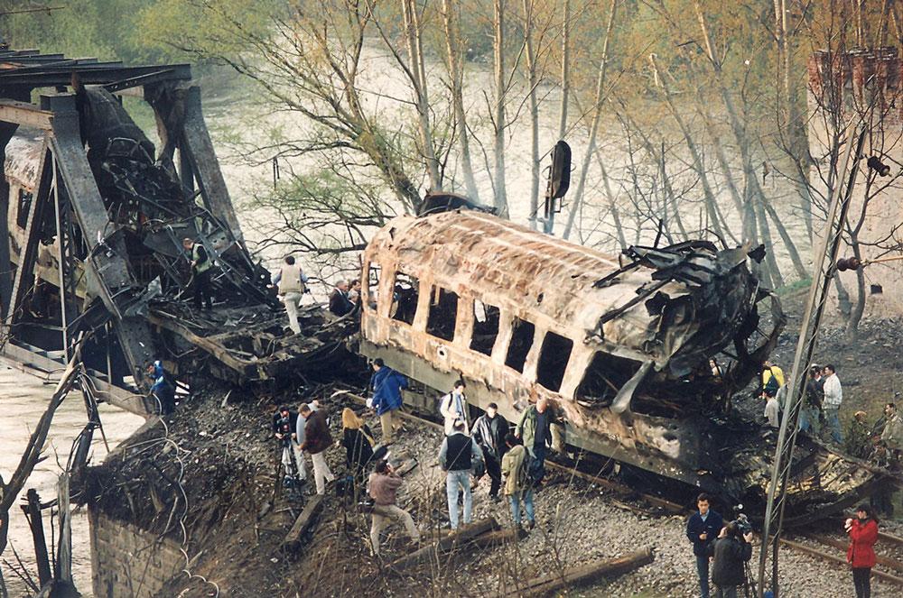 Go to Двадесет година од НАТО агресије на СР Југославију: Илустрована је сведок злочина