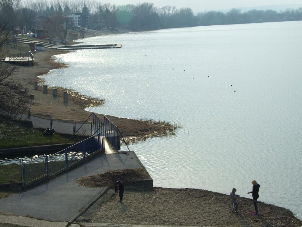 Go to Сребрно језеро у зимском периоду