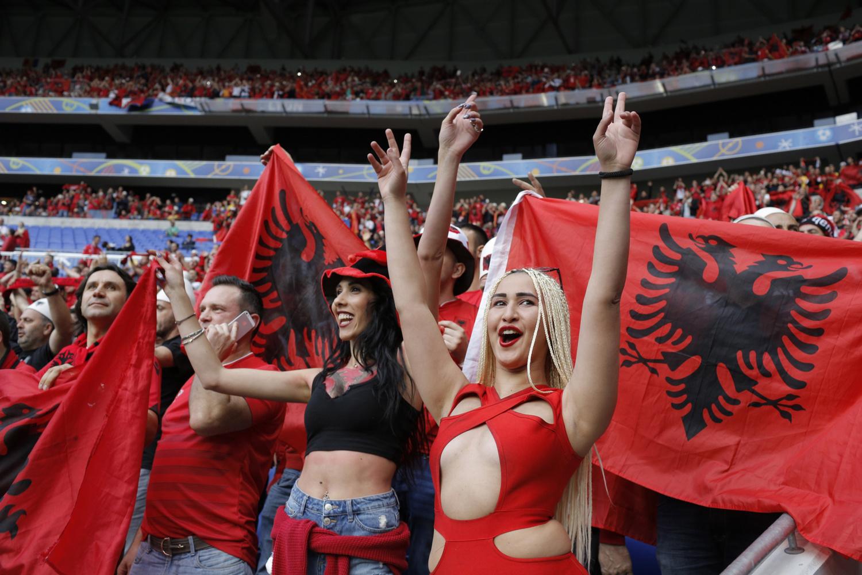 Go to Исповест косметског гастарбајтера из лиона:Тачијеви људи прогоне Албанце из прешева