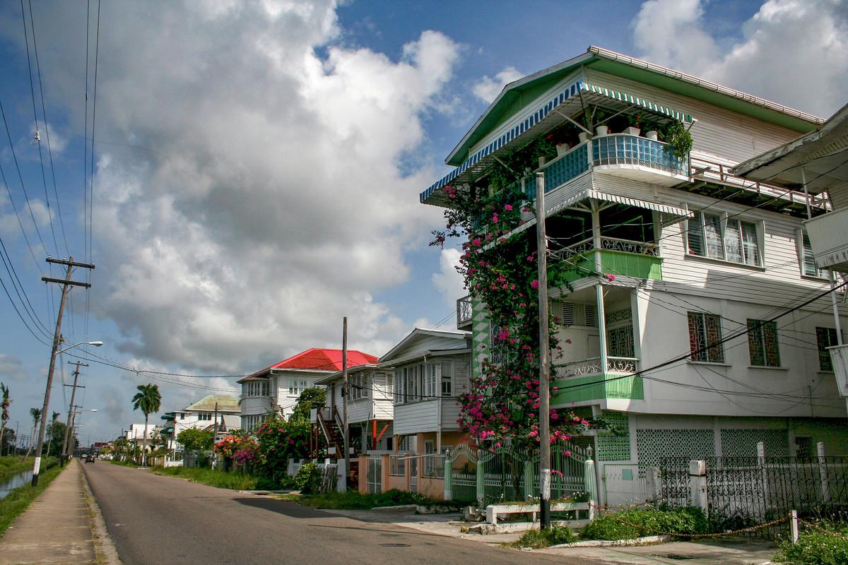 Go to Гвајана: Бог је тако далеко, а Америка је тако близу