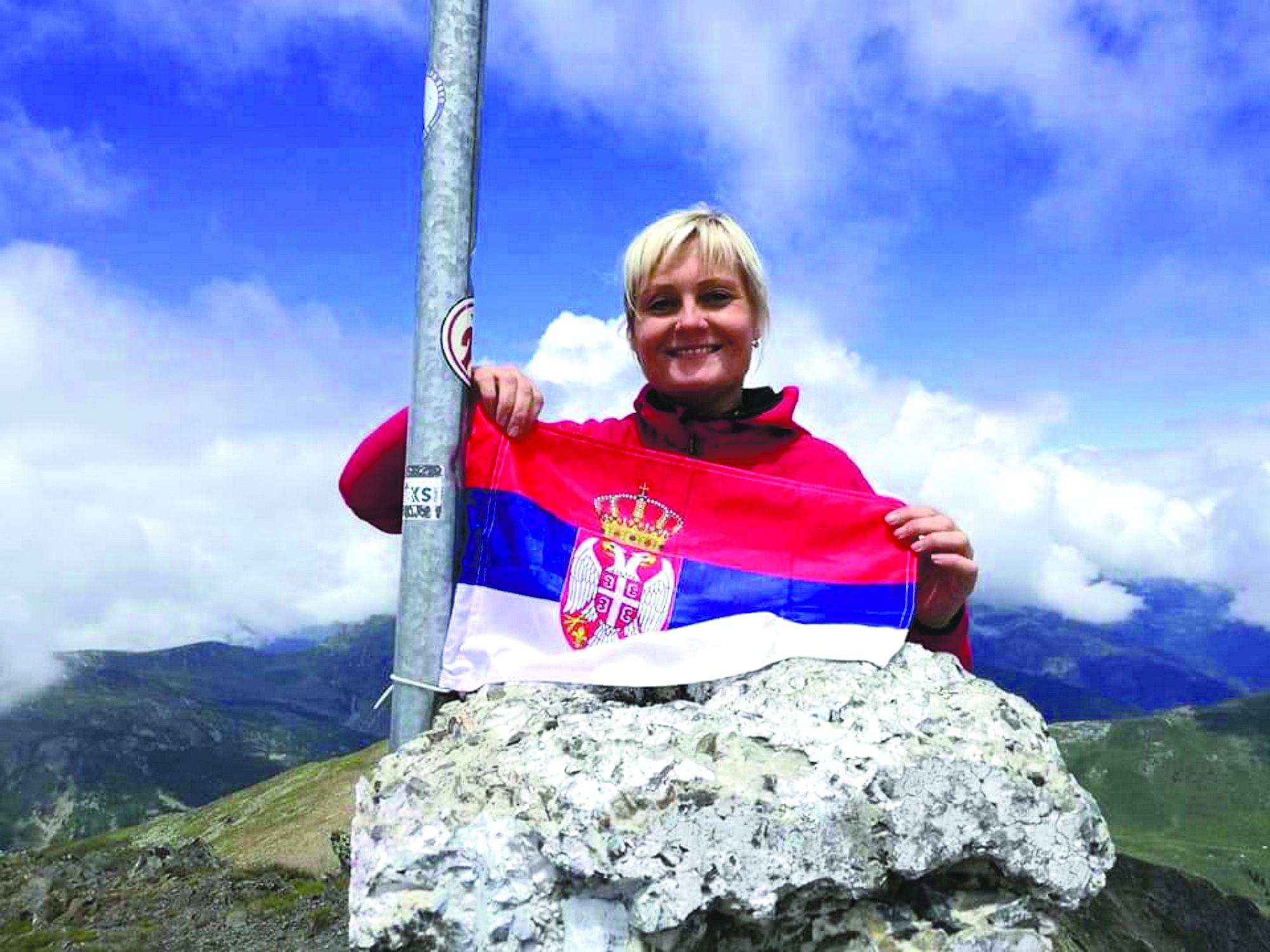 Go to Чехиња Штепанка Шулцова помаже Србима на Космету