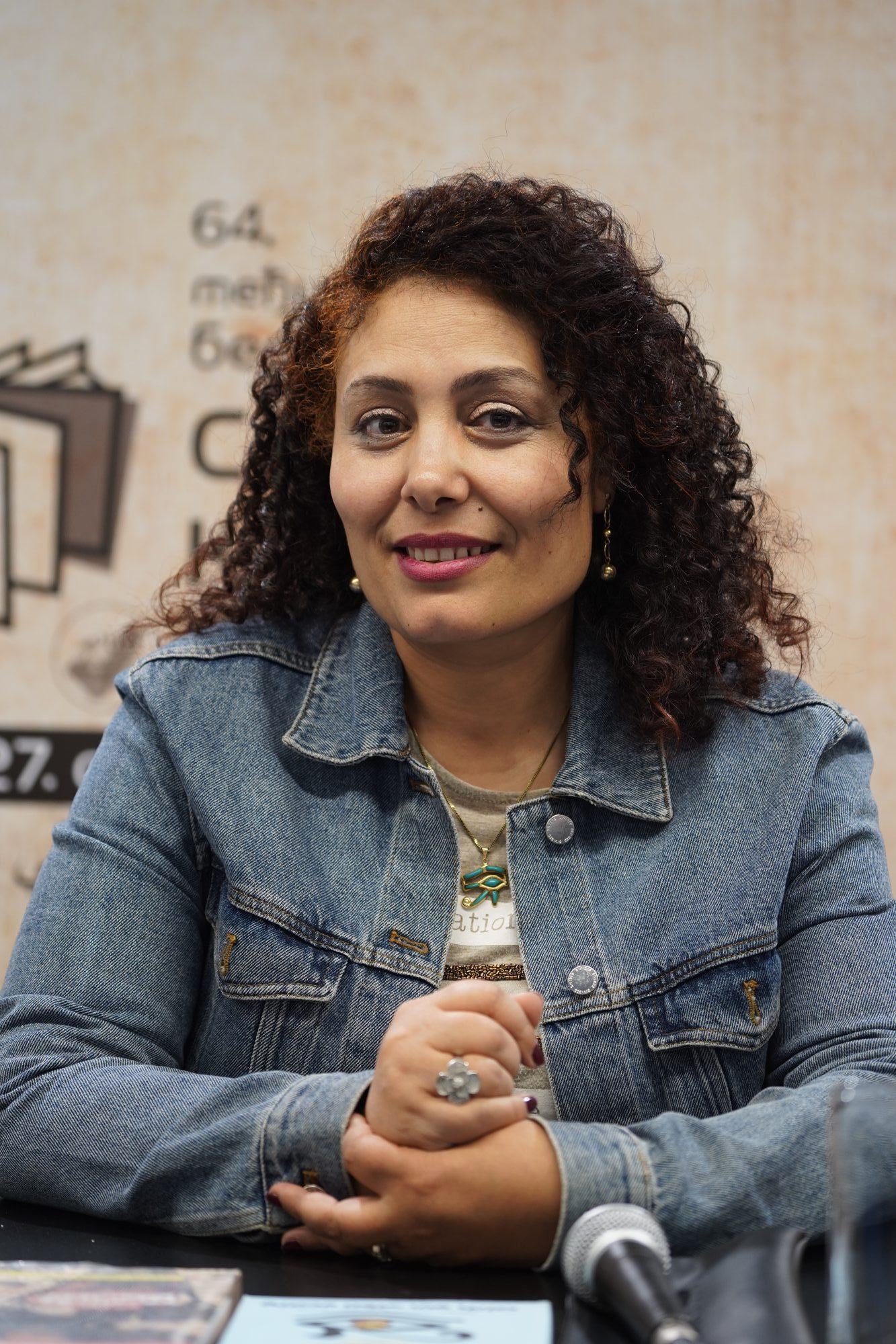 Go to Интервју са египатском књижевницом