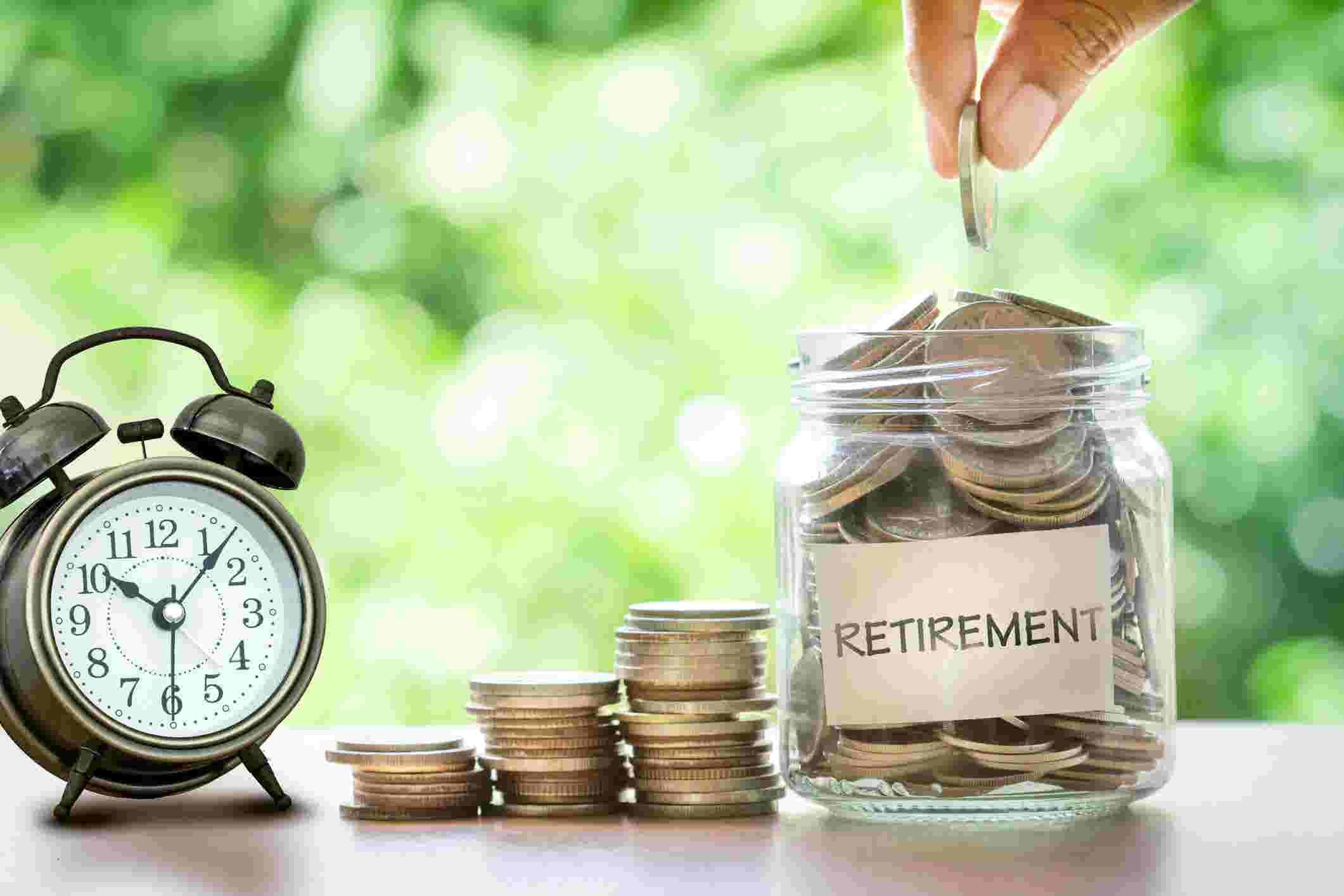 Go to Зашто пуцају пензиони системи