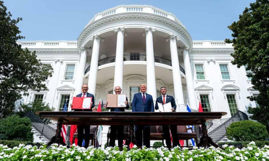 Go to Трампова офанзивна спољна политика: до Нобела и реизбора