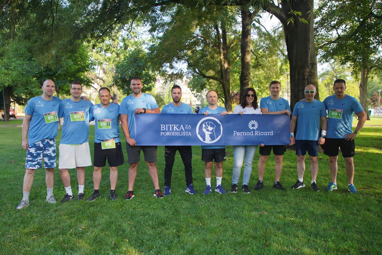 """Go to Nastavak podrške inicijativi """"Bitka za porodilišta"""" Fonda B92 <br> Zaposleni kompanije Pernod Ricard učestvovali na Beogradskom maratonu"""